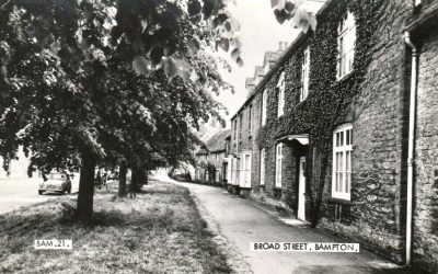 Bampton Oxfordshire houses in Broad Street