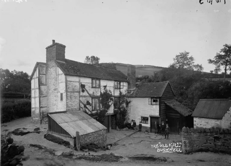 Bucknell Herefordshire & Shropshire Family History Guide