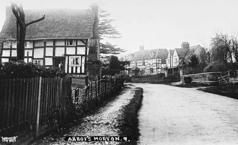 Abbots Morton Worcestershire Family History Guide
