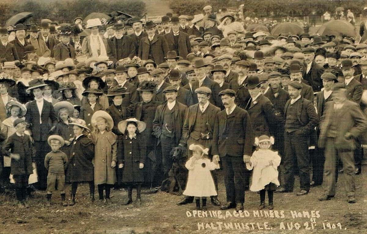 Opening aged miners homes, Haltwhistle, Aug. 21, 1909